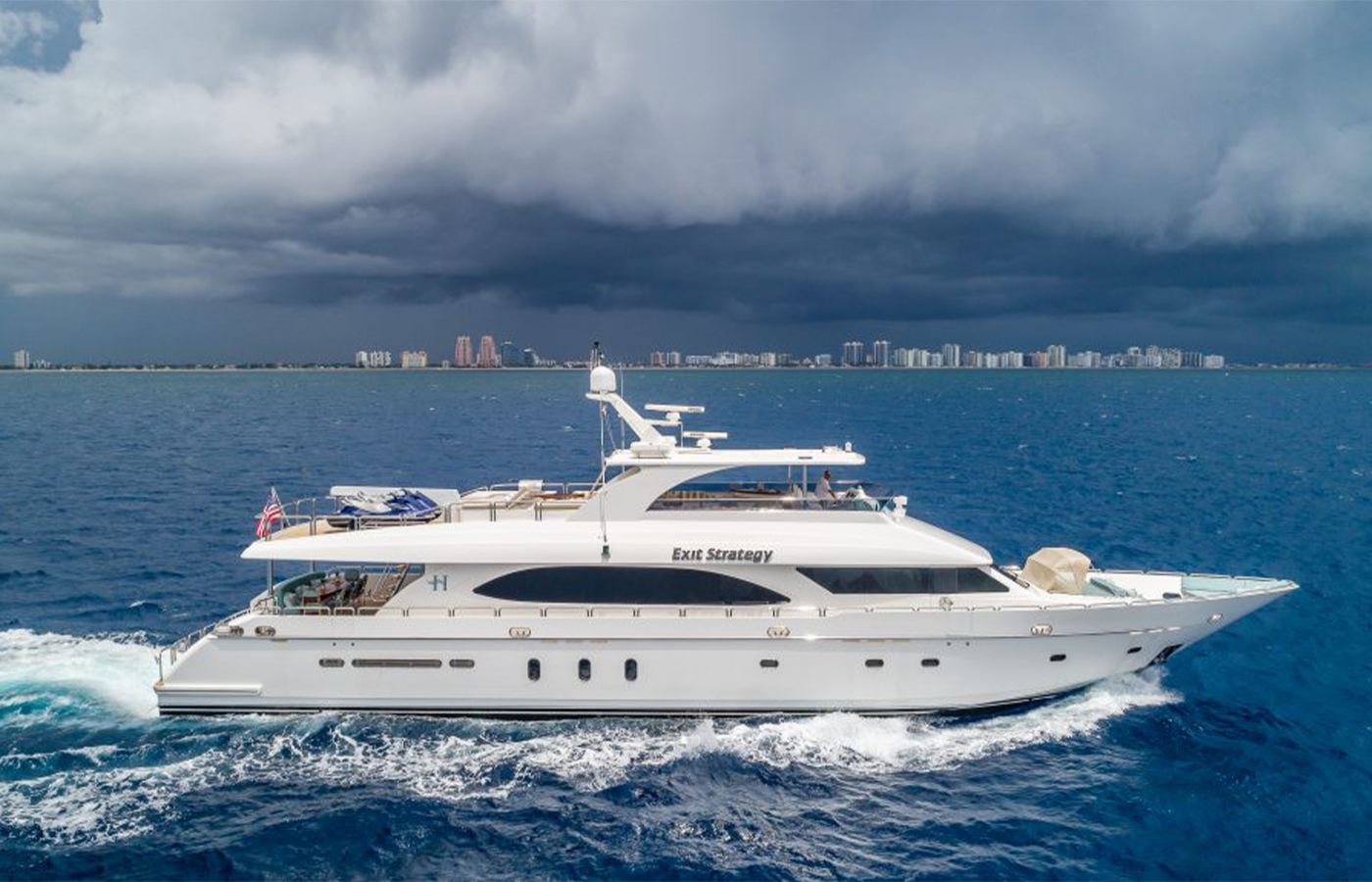 105 Hargrave Yacht Sold By Gregg Somerville