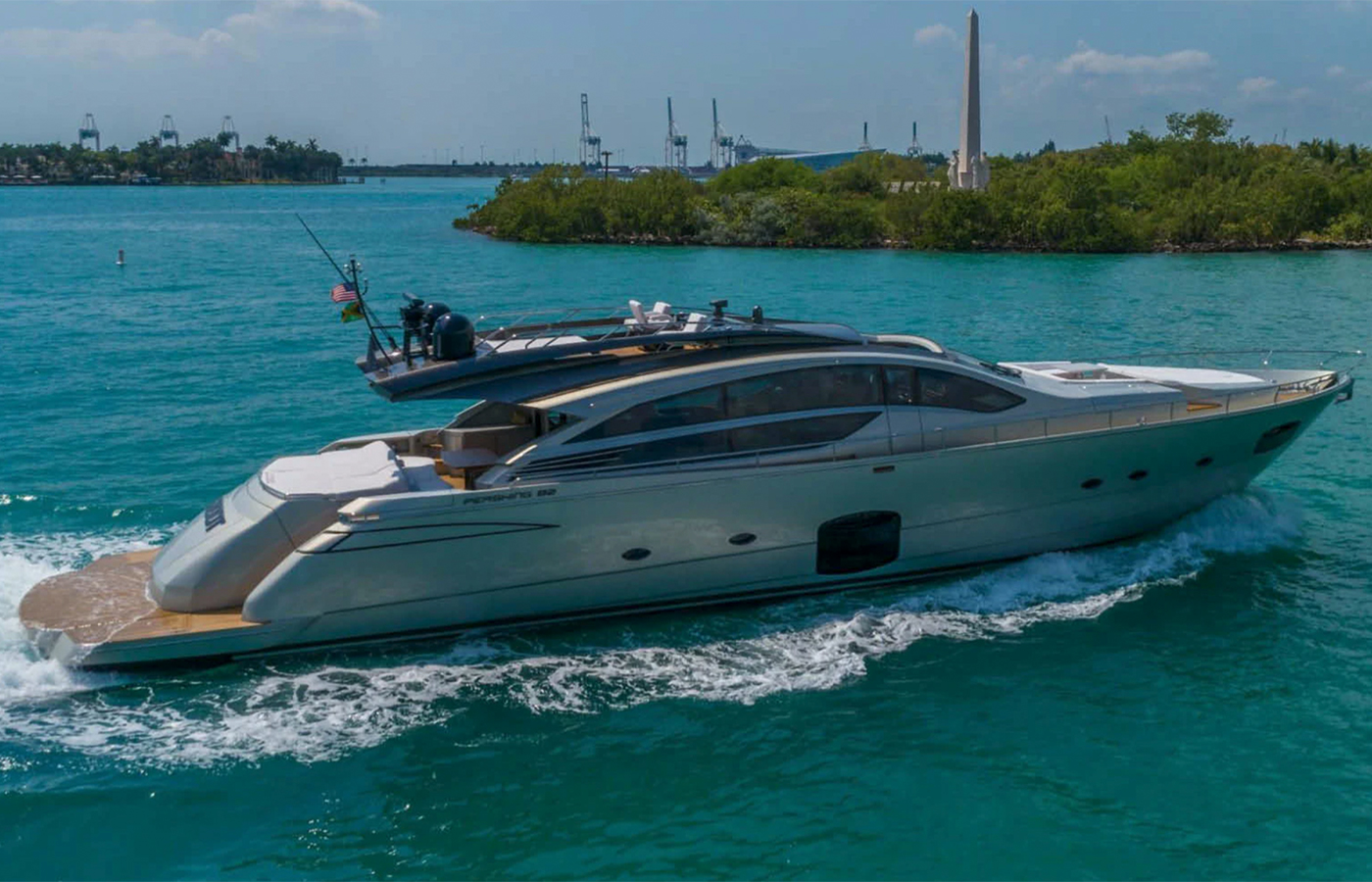 82 Pershing Motor Yacht 2015 Sold By Riccardo Solci