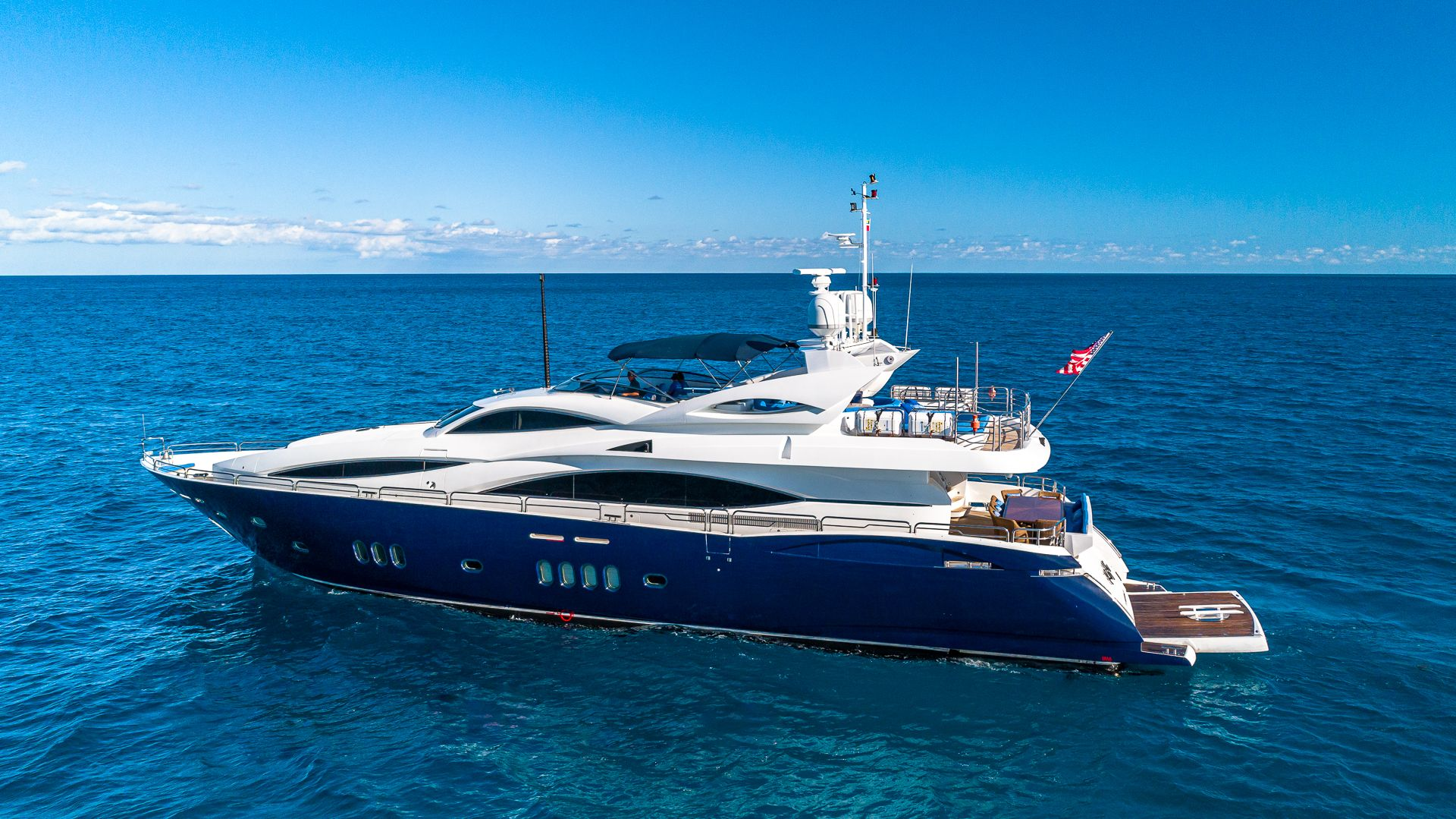 Luxury Yacht Charter: KEFI   105' Sunseeker 2004/2018 - photo 1