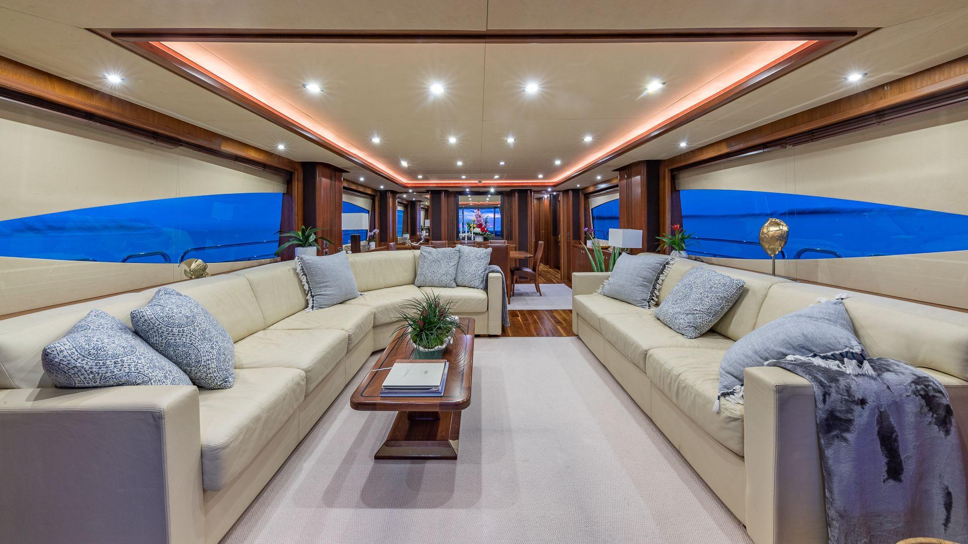 Luxury Yacht Charter: KEFI   105' Sunseeker 2004/2018 - photo 5
