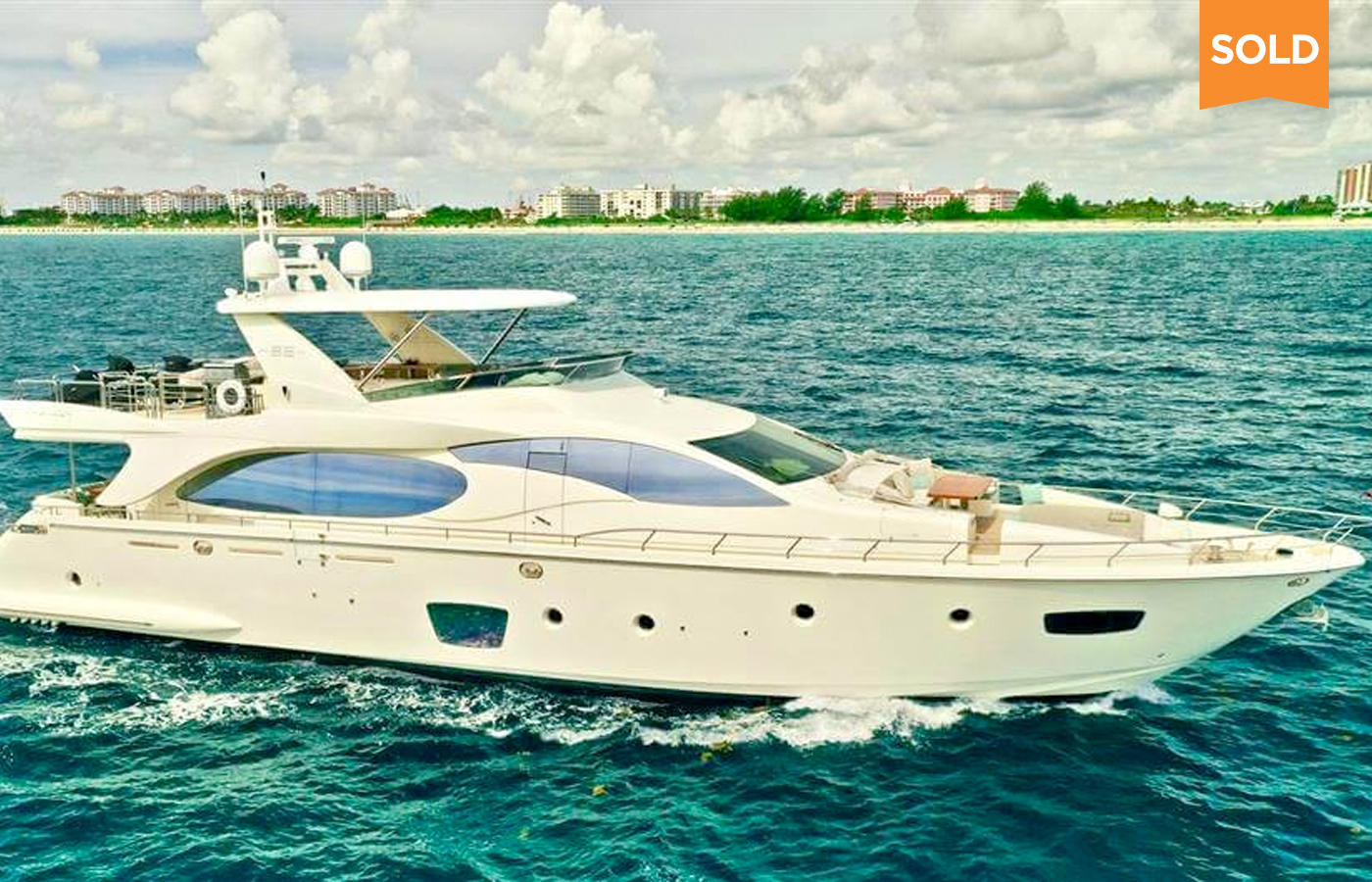 85 Azimut Motor Yacht Sold By Juno Prudhomm