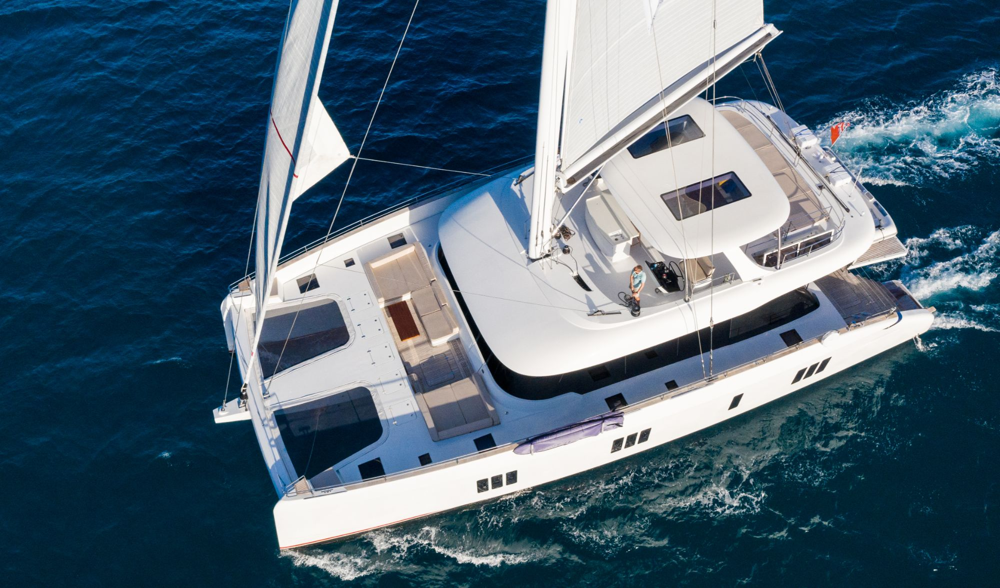 Luxury Yacht Charter: BUNDALONG | 80' Sunreef 2019  - photo 2
