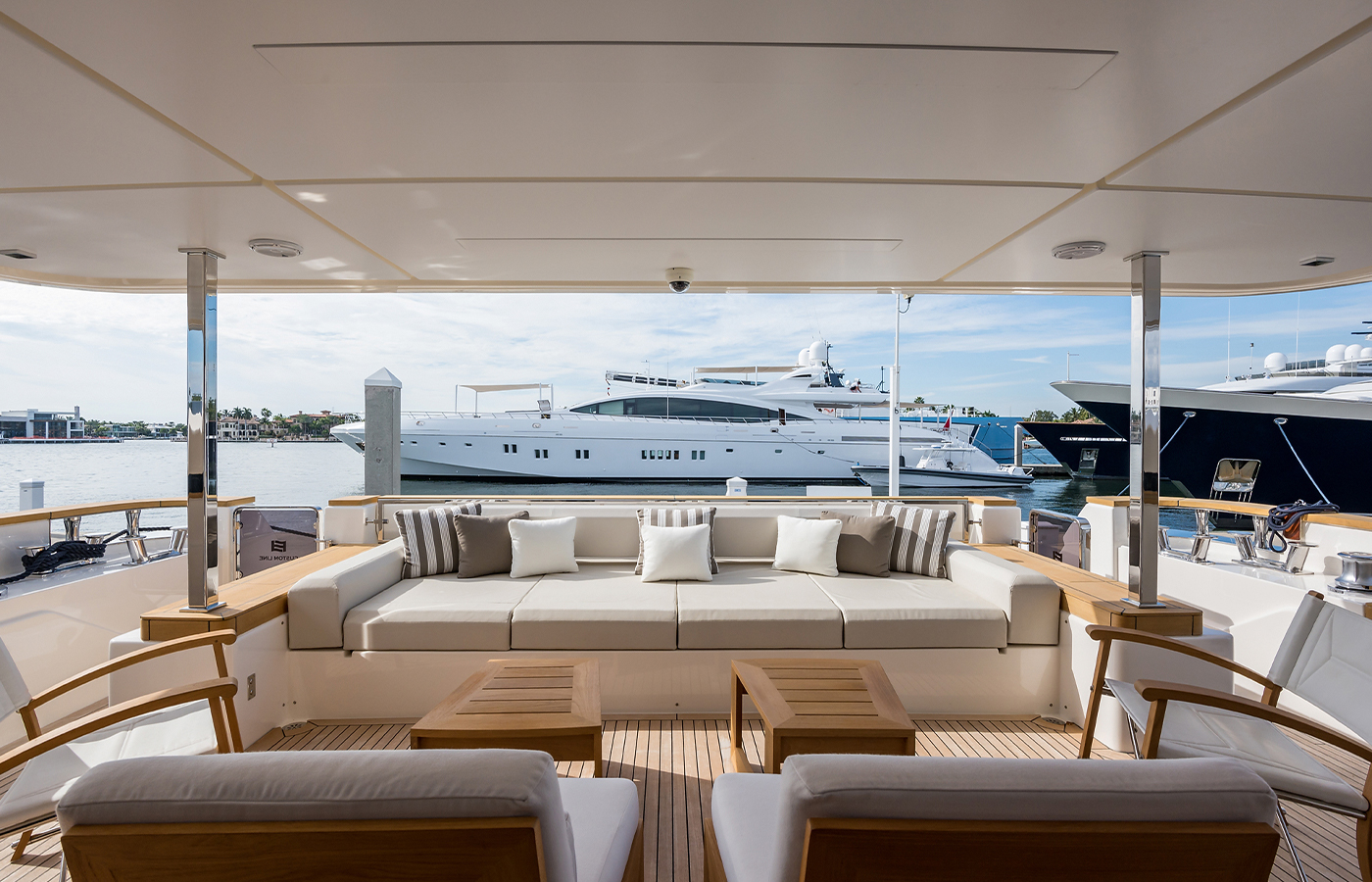 Luxury Yacht Charter: GIOIA | 108' Custom Line - photo 2