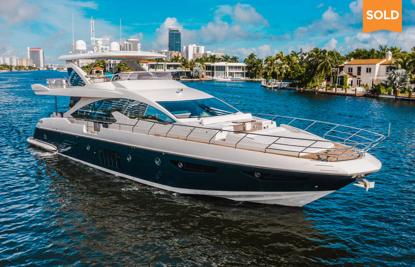 80 Azimut Motor Yacht Sold By Juno Prudhomm