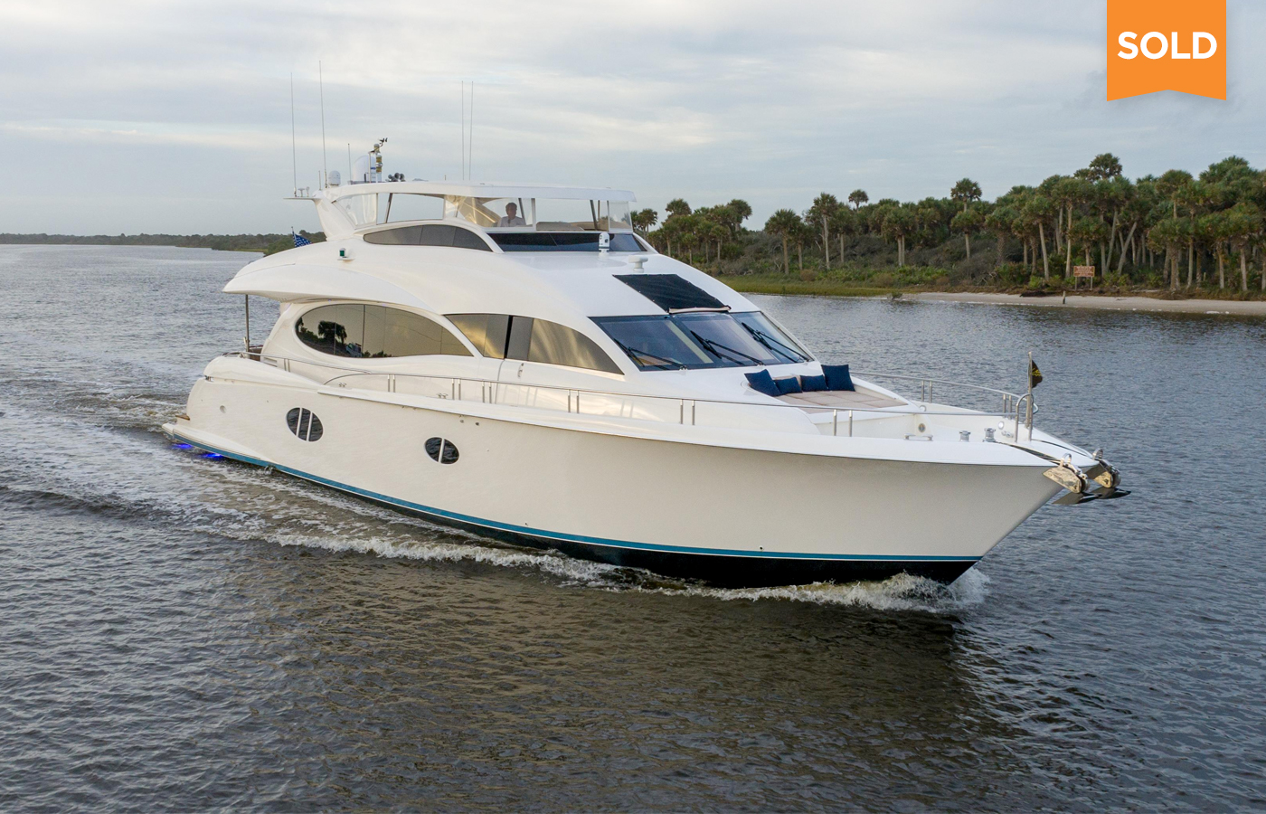 84 Lazzara Motor Yacht Sold By Alex Clarke