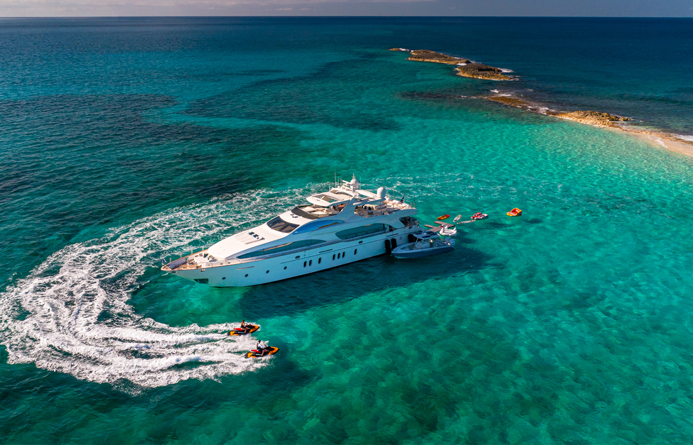 5 Reasons To Charter SWEET EMOCEAN [Yacht Highlight]