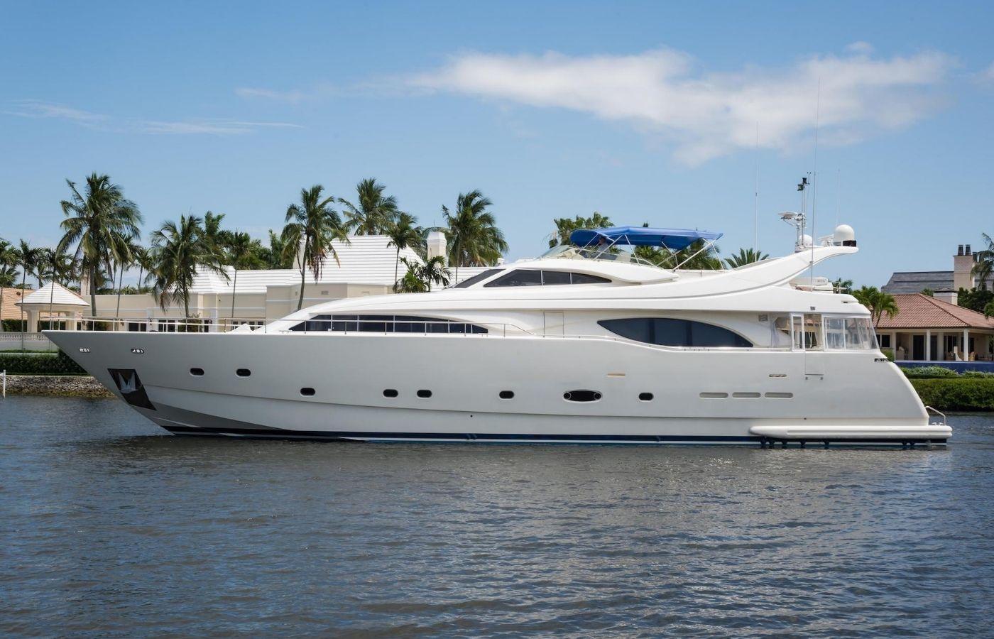 94 Ferretti Custom Line Motor Yacht Sold By Will Noftsinger