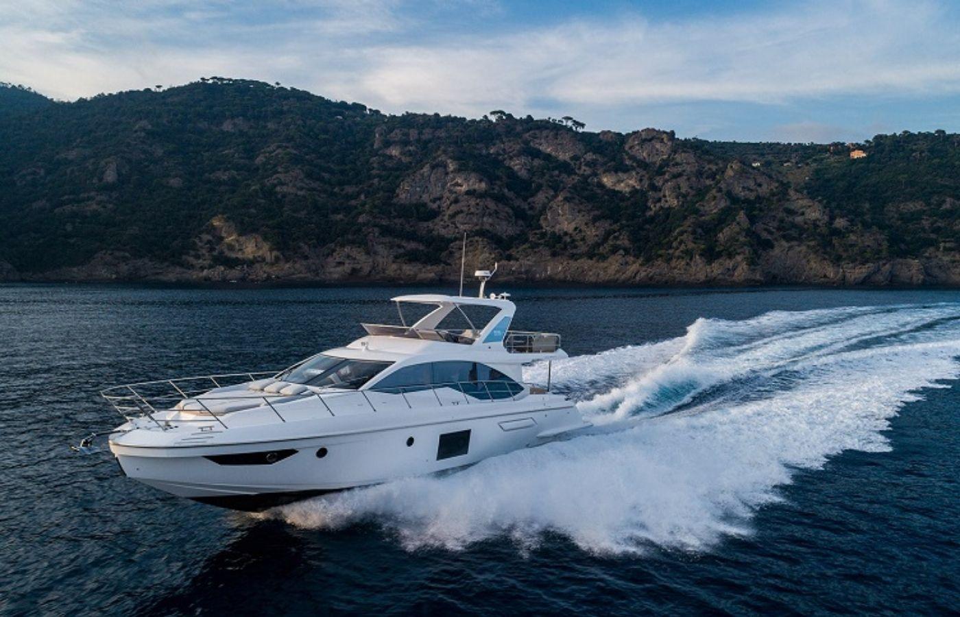 55 Azimut Fly Motor Yacht Sold By Jordan Preusz