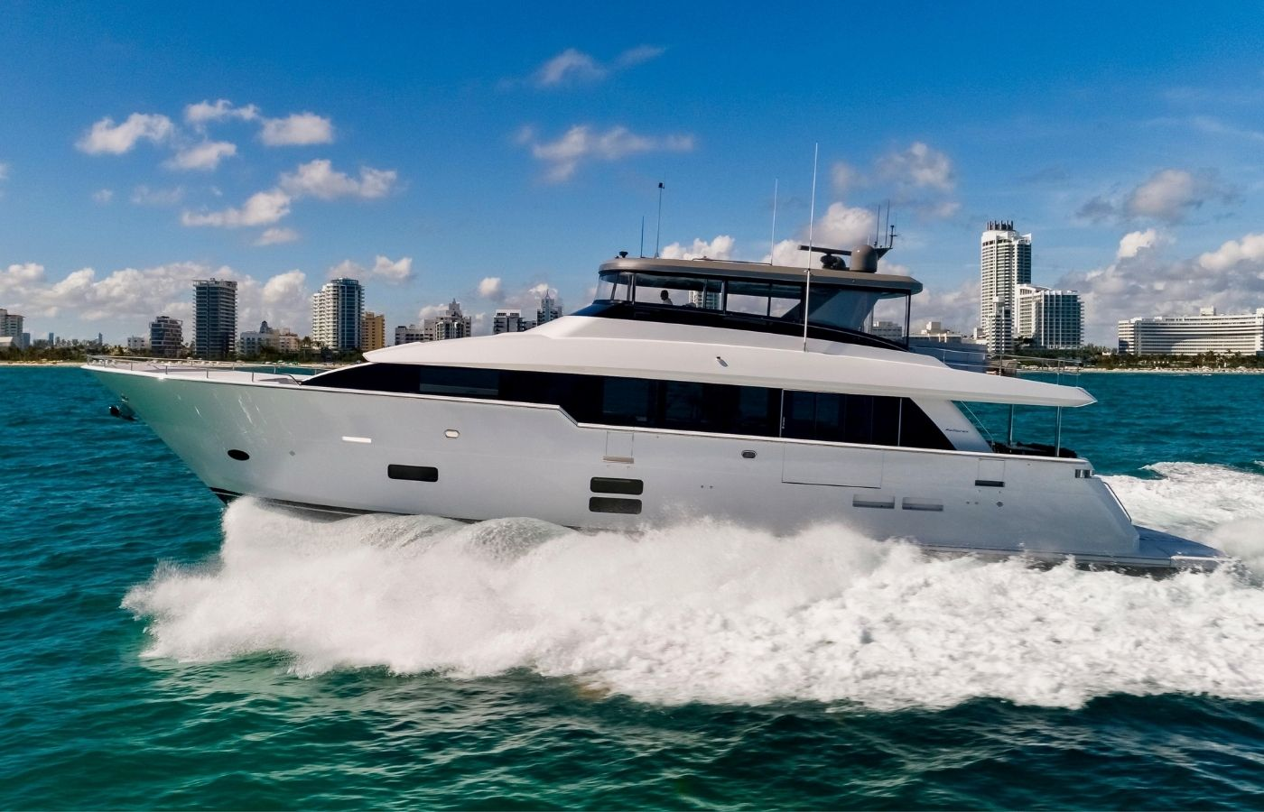 90 Hatteras Motor Yacht Sold By Peter Quintal